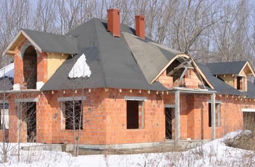 Zimowanie czy budowanie