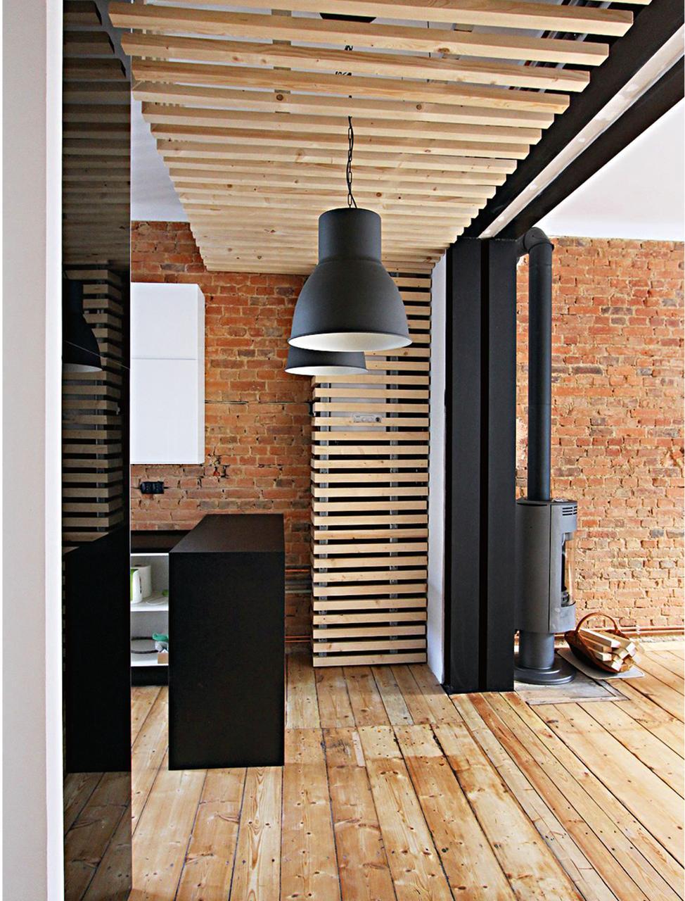 Drewniany sufit podwieszany