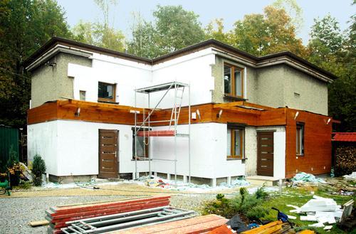 Koszty ocieplenia i wykończenia elewacji starego domu