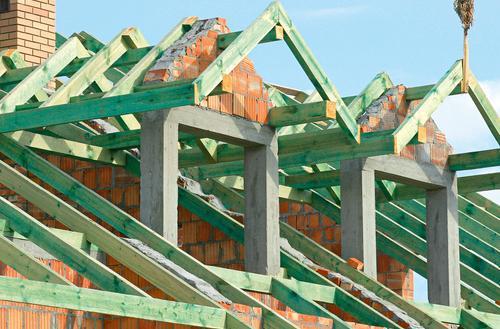 Jak kupować drewno na więźbę dachową