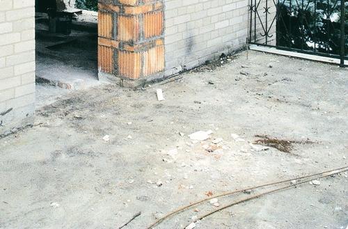 Naprawa zniszczonej płyty betonowej