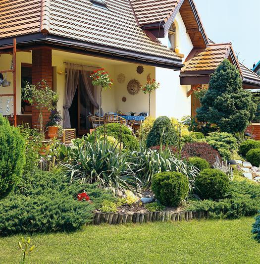 Między tarasem a ogrodem