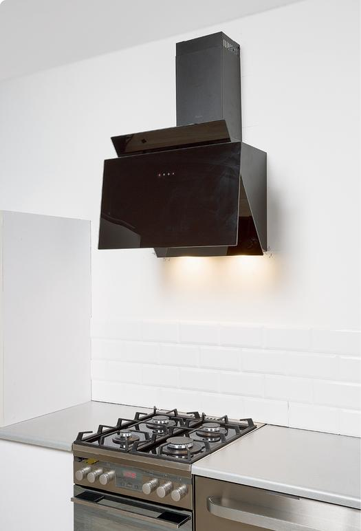 Montaż okapu w kuchni