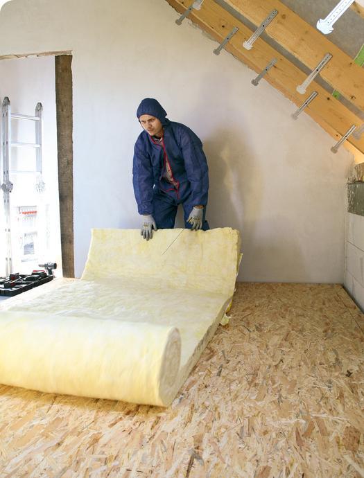 3. Jak najczęściej ociepla się dach skośny?
