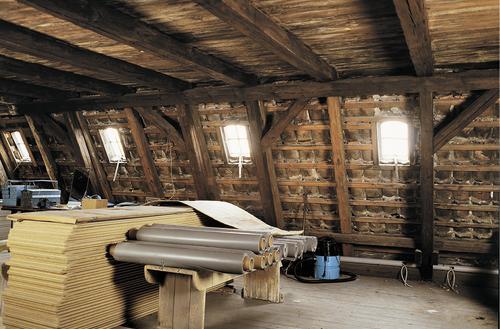 Wymiana starych okien dachowych