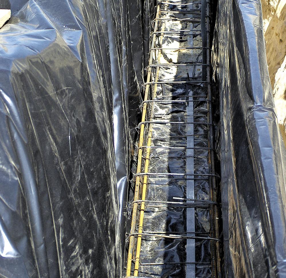 Wykop i szalunki pod fundamenty