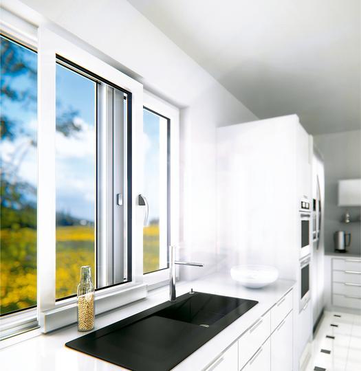 Wygodne okno w kuchni
