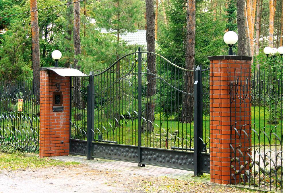 Jak zadbać o bezpieczeństwo strefy wejściowej?