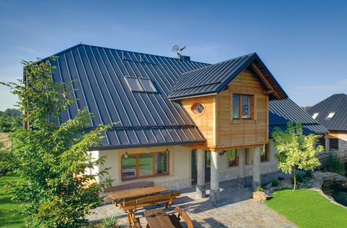 Modne dachy z blachy